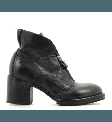 Boots rock en cuir noir à talons épais MOMA  shoes- 89803
