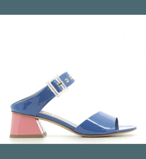Mules à talons en cuir vernis bleu D651001- AGL