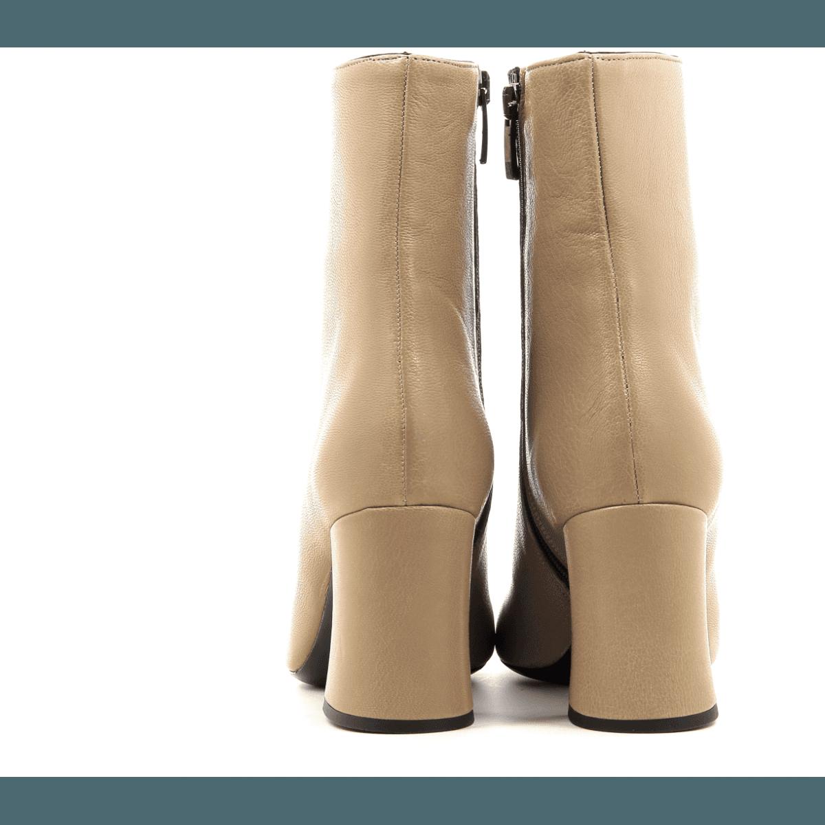 Bottines à talon moyen en cuir beige Garrice Sélection - 6149B