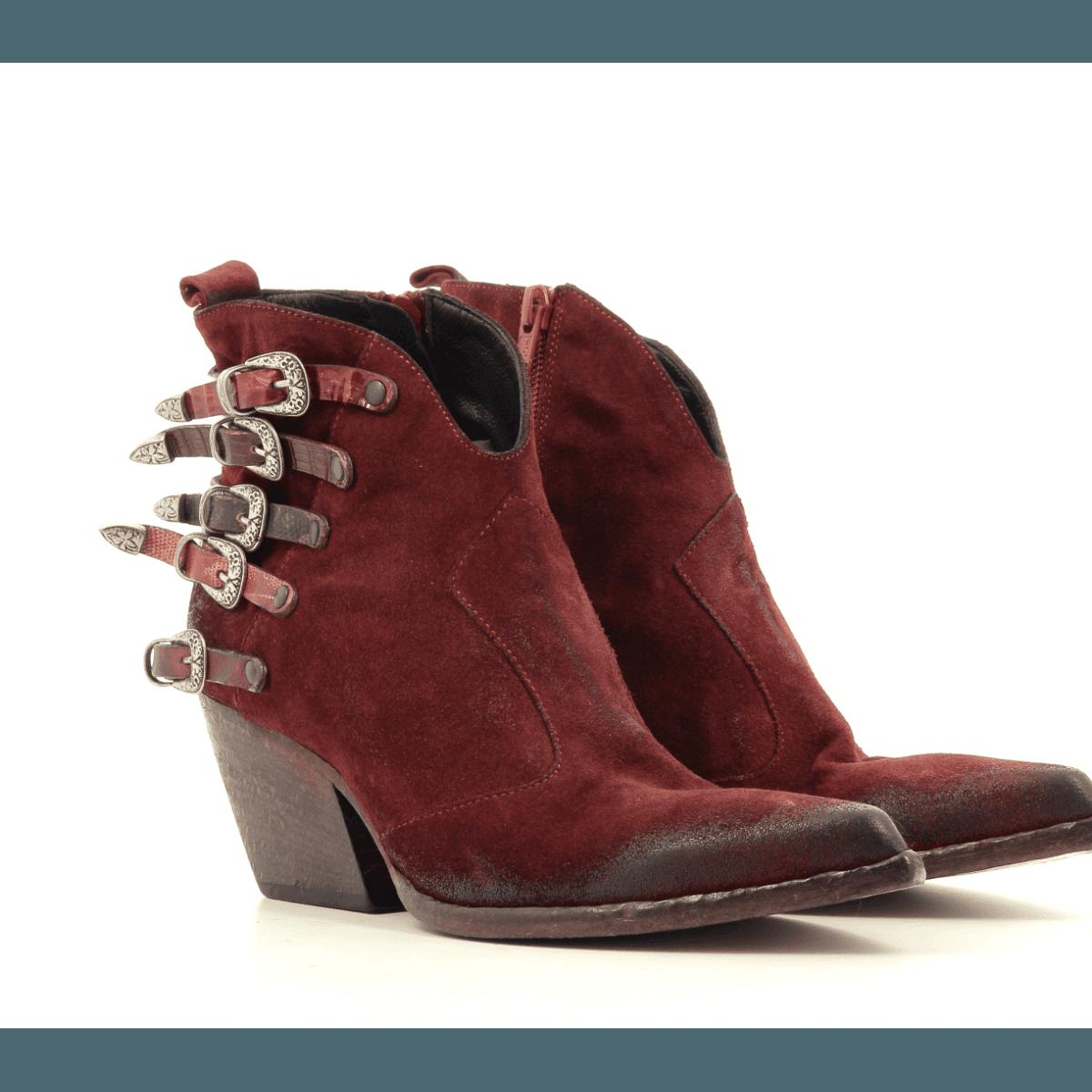"Bottines style ""Santiag"" en daim rouge Elena Iachi - E2045r"