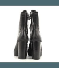 Bottines noires à lacets et semelles épaisses Vic Matie - 7880D