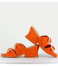 Mules en daim orange avec ornement - Valentina