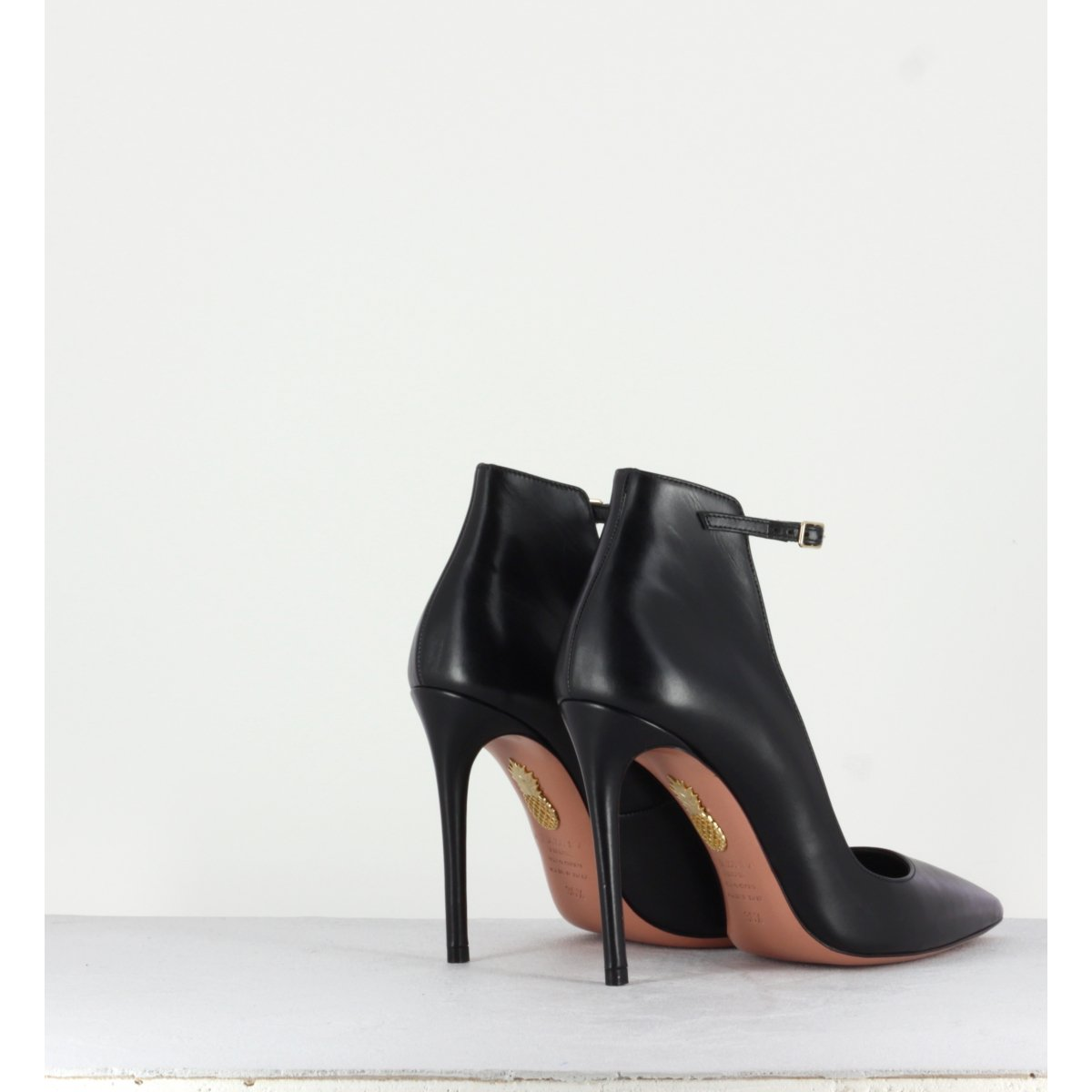 Escarpins pointus en cuir noir et talon aiguille Aquazzura - SHARON PUMP 105