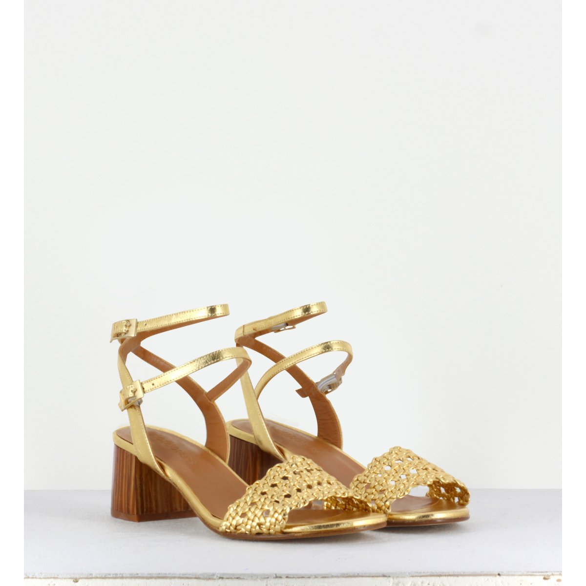 MAY GOLD WOVEN SANDAL