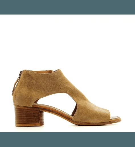 Sandales découpes symetriques en suède camel 48701C- Moma