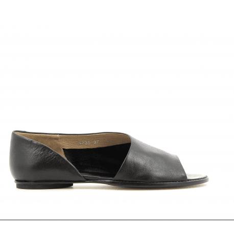 Sandales plates en cuir noir 1234N- Garrice Collection