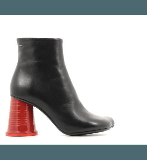 Bottines à talons gobelet rouge en cuir noir S40WU0120/963- MM6 Martin Margiela
