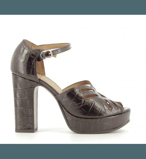 Sandales en cuir estampillé crocodile bordeau UNIDA33 - Chie Mihara