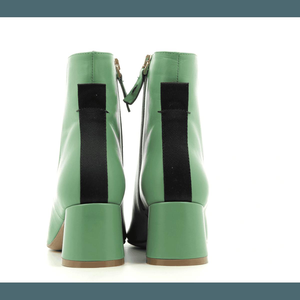 Bottines à talon en cuir vert B3494 - Garrice collection