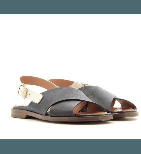 Sandales plates en cuir noir Chie Mihara - WAN