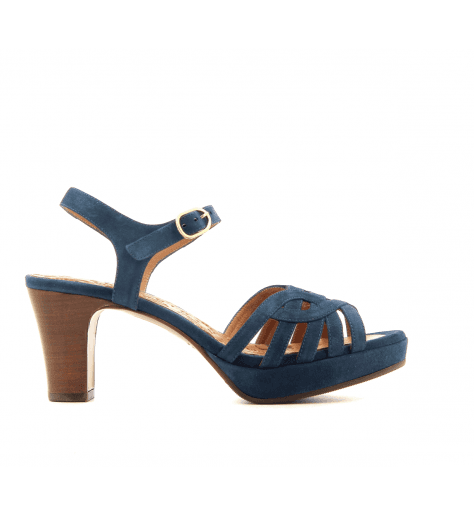 Sandales petits talons en veau velour marine INGA34m- Chie Mihara