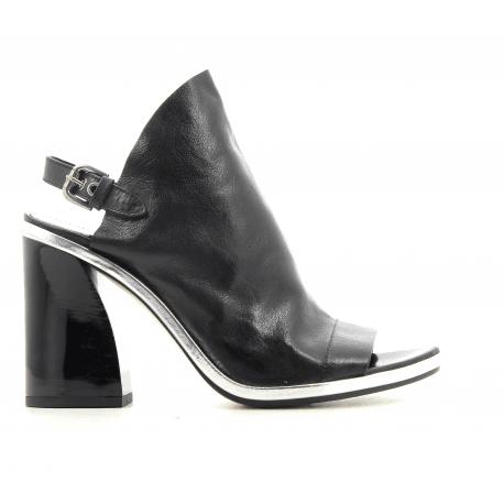 Sandales à talon épais en cuir noir Premiata - M5328