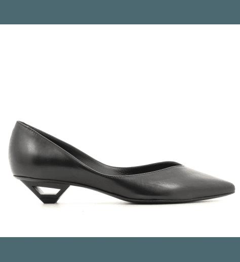 Escarpins pointues en cuir noir avec talon ajouré Vic Matie - 7550D